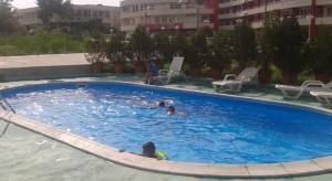 Отель Зора бассейн